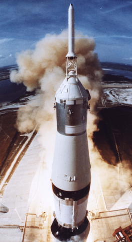 apollo_11_launch_phone_wallpaper