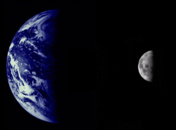 mariner 10 photo of Earth and Moon
