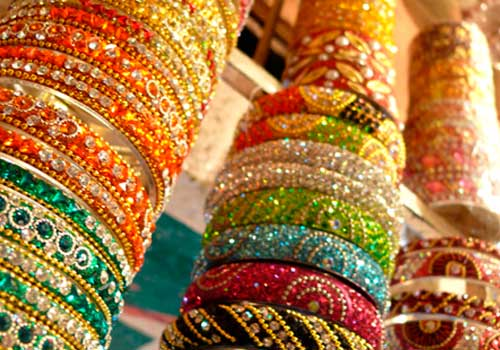 9 Beautiful Indian Tradition Bangle set design