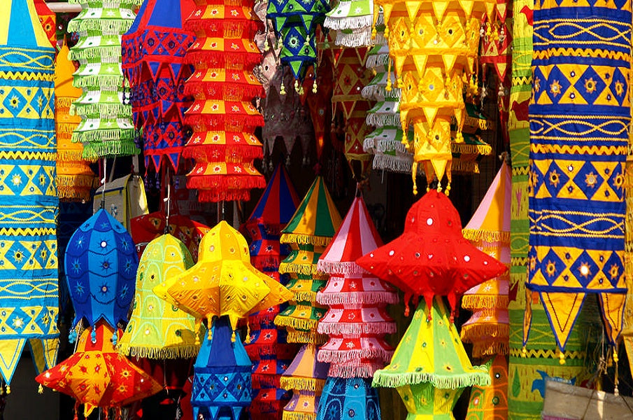 What are the Indian handicraft items are high in demand?
