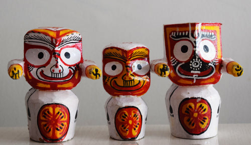 Handmade Wooden Handicrafts Lord Jagannath, Shubhadra and Balabhadra Idols made in odisha Raghurajpur AJODI001077