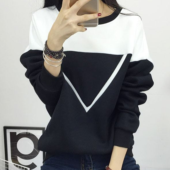 Winter Black and White Spell Color Patchwork Hoodies Women V Pattern Pullover Sweatshirt - SHOPADON