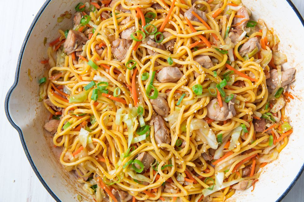 One-Pot Quick n Easy Chicken Chow Mien