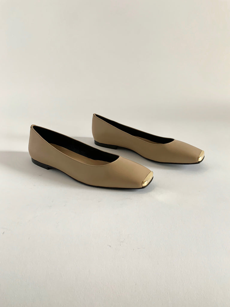 Taupe Ballerina With Gold Tip - Sample Size 37
