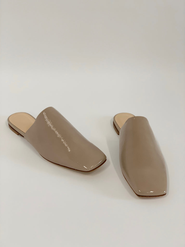 Serena Taupe Patent - Sample Size 37