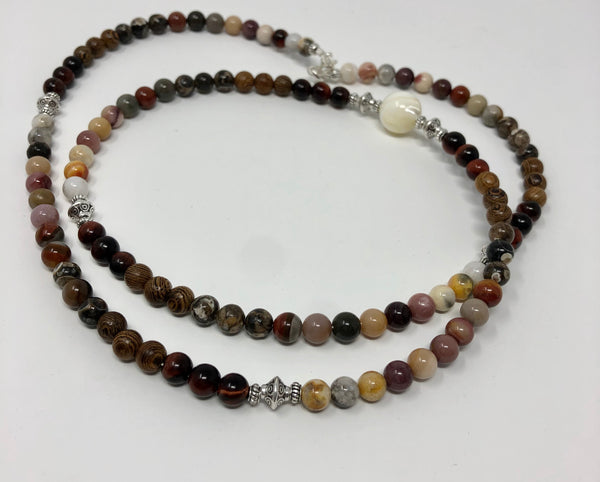 MALA NECKLACE, MOTHER OF PEARL GURU