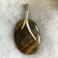 Blue/Red/Gold Tiger's Eye Cabochon with Pewter Beaver Tail