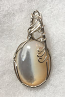 Mother of Pearl Cabochon Pendant