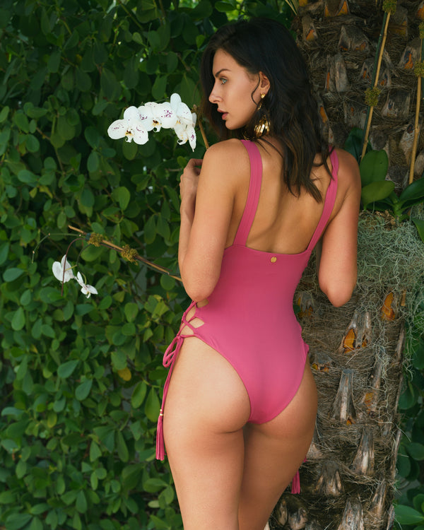 Isaura One Piece - Romantic