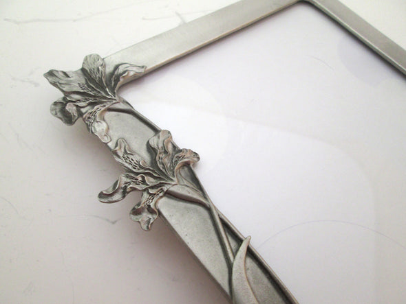 Seagull Pewter 5x7 picture frame Vintage photo Art Nouveau style 3 lillies boho