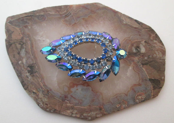 Sarah Coventry Brooch Blue Lagoon Vintage MCM Blue Rhinestone Pin