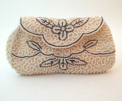 Vintage 1930s White Bead mini bag small coin purse cosmetic wedding style art deco - Late Boomer Vintage
