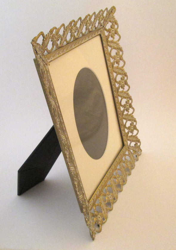 Vintage 10x12 Wedding Photo Frame, 8x10 Filigree Picture Frame Gatsby Wedding, white and gold metal frame with mat