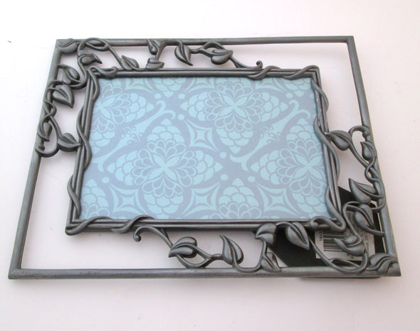 Vintage 7x9 metal picture frame for 5x7 photos silver leaves and vines boho decor - Late Boomer Vintage
