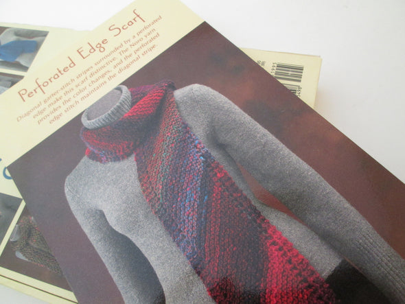 The Little Box of Scarves 20 knitting patterns Martingale vtg 2004 cards + box kit