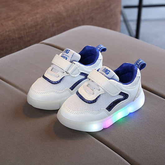 Glowing Sneakers 2018 New Kids Light Up Shoes for Girls Led Slippers Led  Shoes Infant for 9a0767491b25