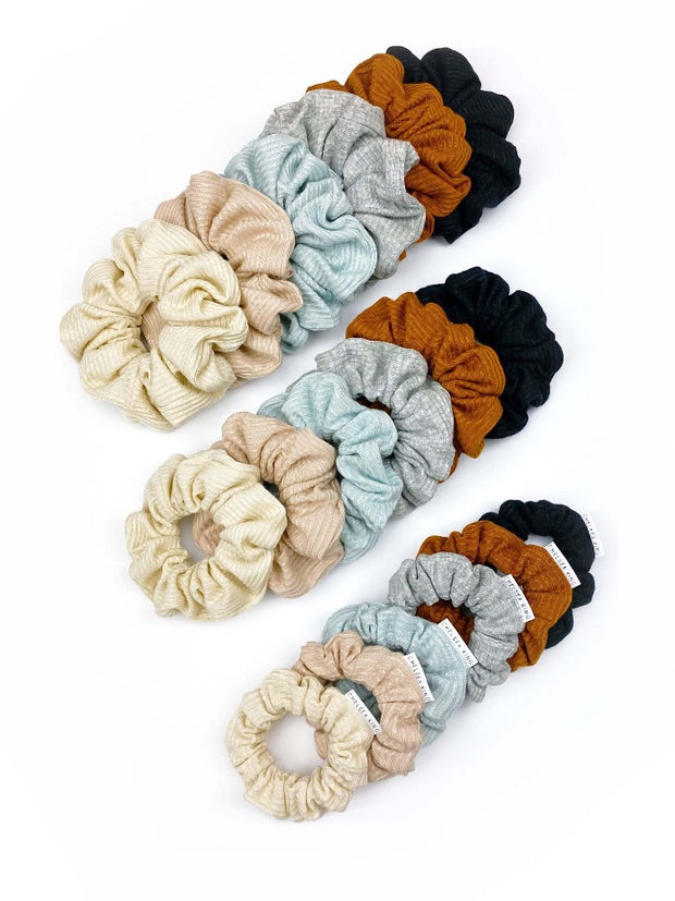 French Ribbed Black Scrunchie - petite