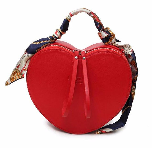 2017 NEW Heart Shaped Clutch