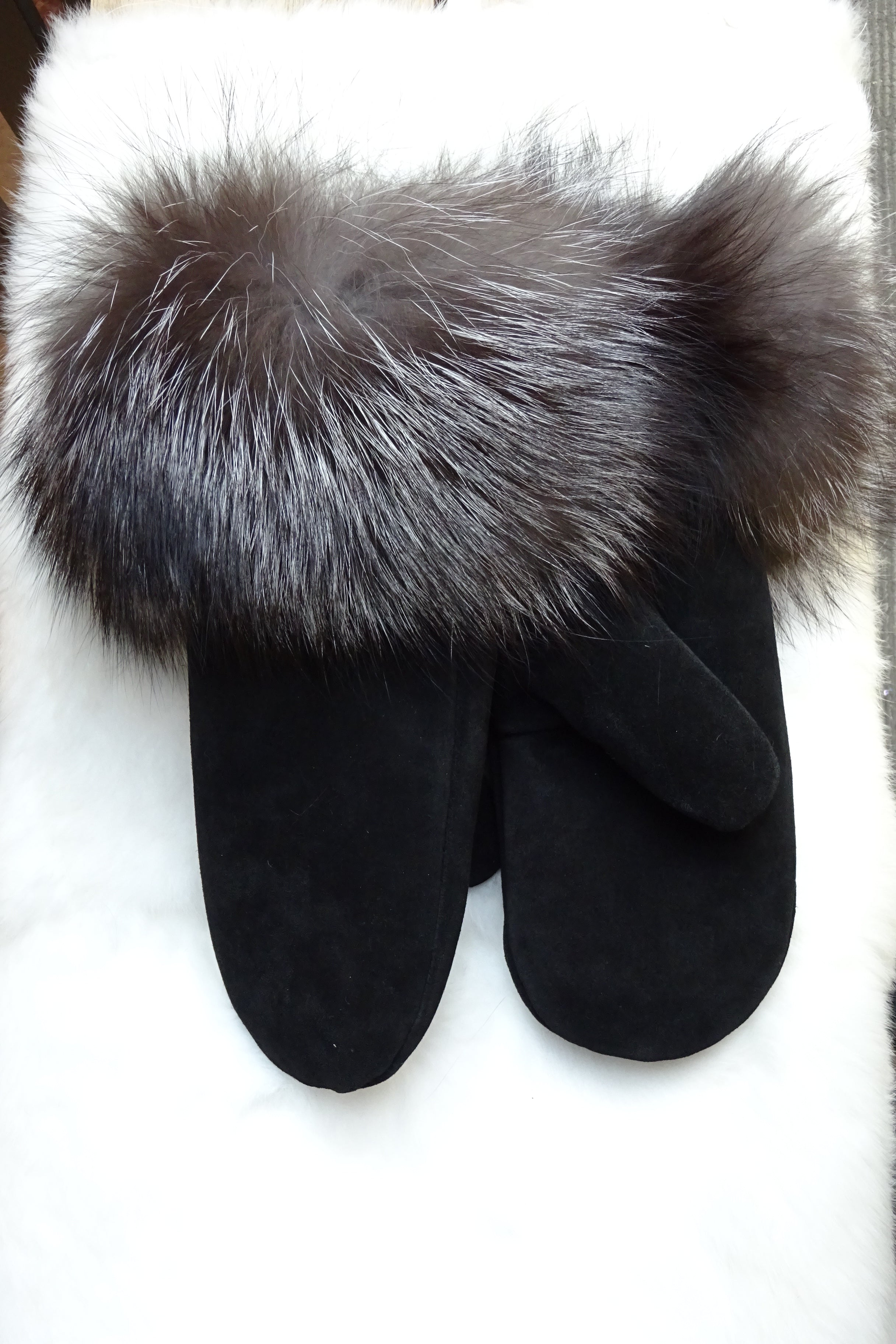 Sheared Beaver Lined Ladies Mittens