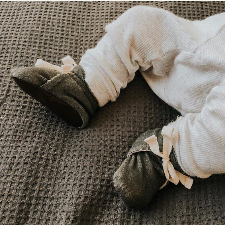 Organic Front Tie Booties - Olive - Little Cotton Cloud