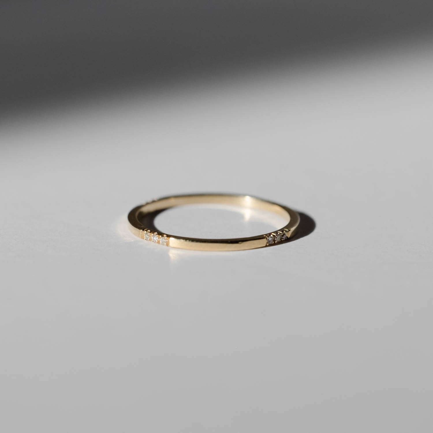 Square Uniform Ring with Diamond Segments - RTS