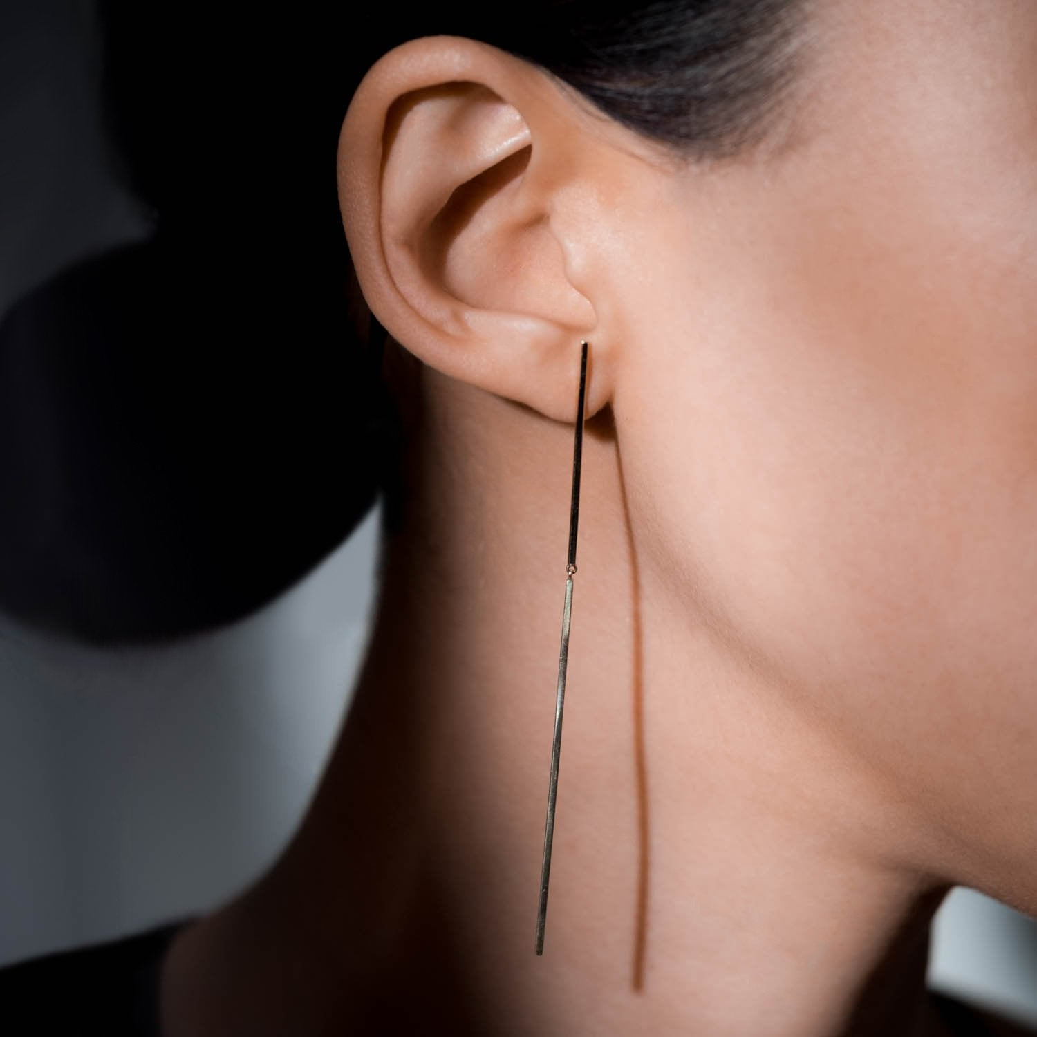 Jointed Linear Earring