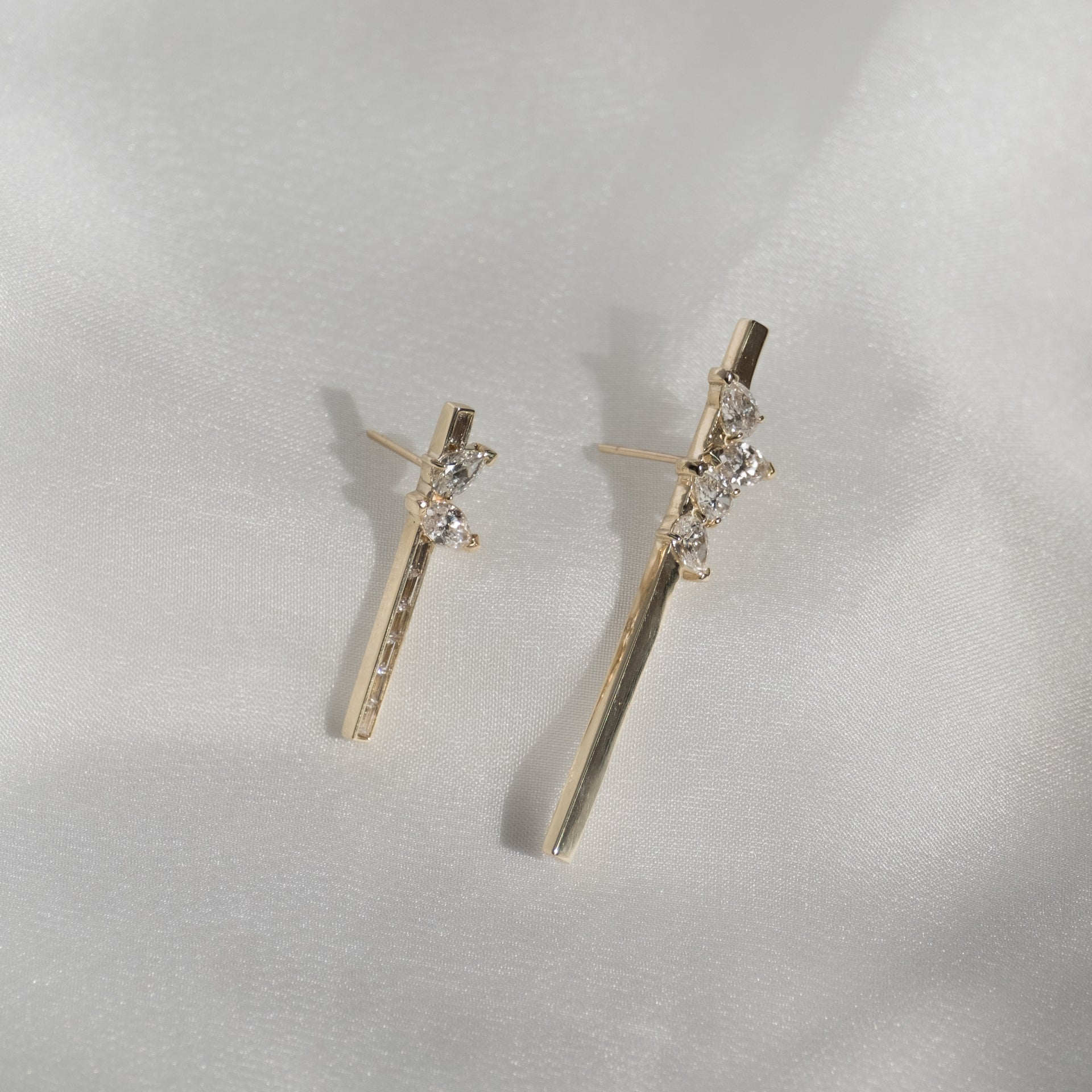 Grace Lee x Diamond Foundry Marquise + Pear Baguette Bar Earring