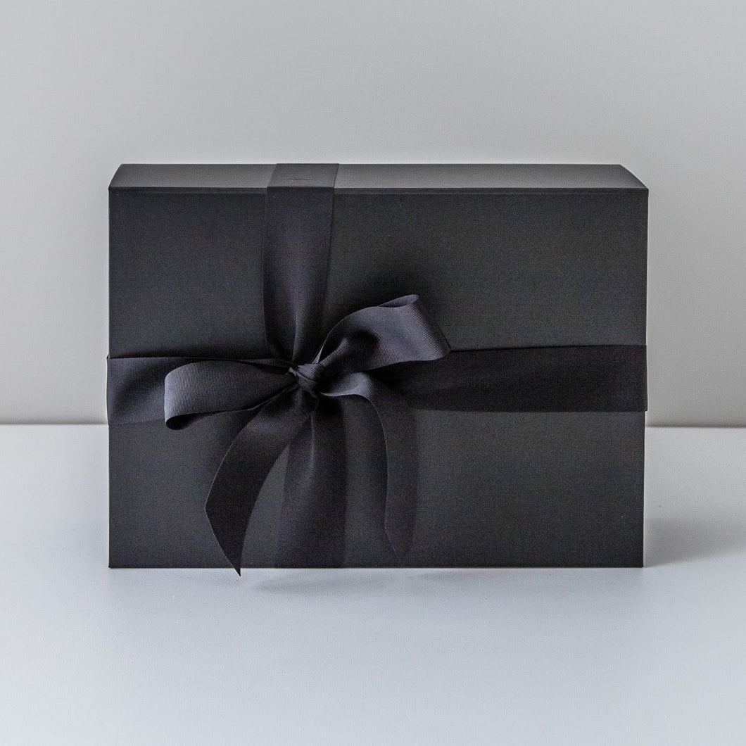 Signature Matte Black Gift Box | Leo loves Coco