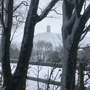 Snow Falling and Strong Wind at Glastonbury Tor MP3
