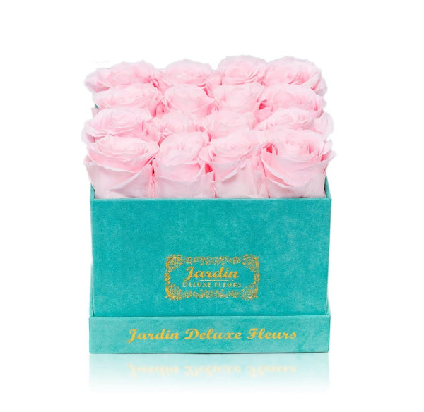 16 Long Lasting Roses in Square Tiffany Blue Box