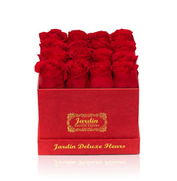 16 Long Lasting Roses in Square Red Box