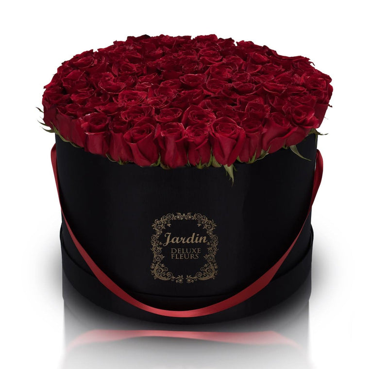 100 Roses in a Large Black Hatbox