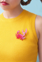 Load image into Gallery viewer, Crab Brooch
