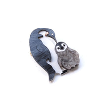 Load image into Gallery viewer, Penguin Brooch
