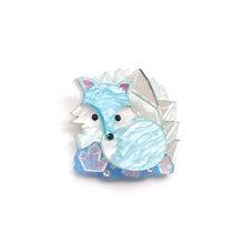 Load image into Gallery viewer, Arctic Fox Brooch