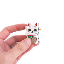 Load image into Gallery viewer, Lucky Cat Brooch (Playable)