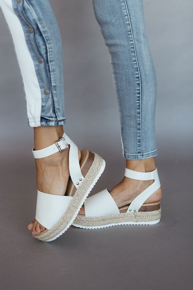 Topic-S Sandals - White