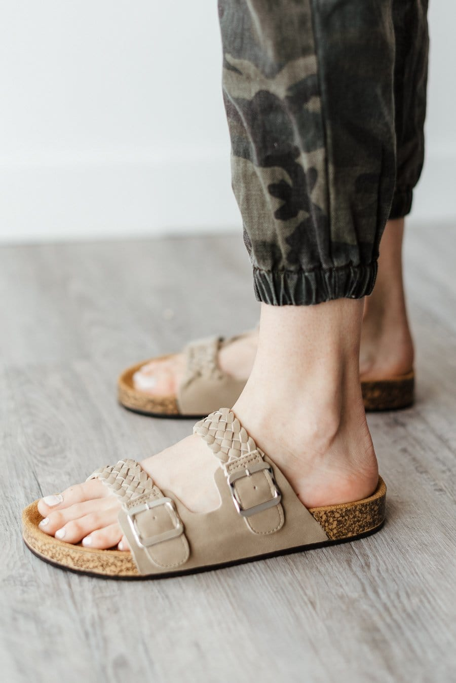 Luka-04 Sandals - Taupe