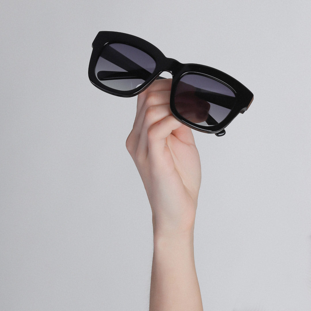 Sunglasses : Dael : Black