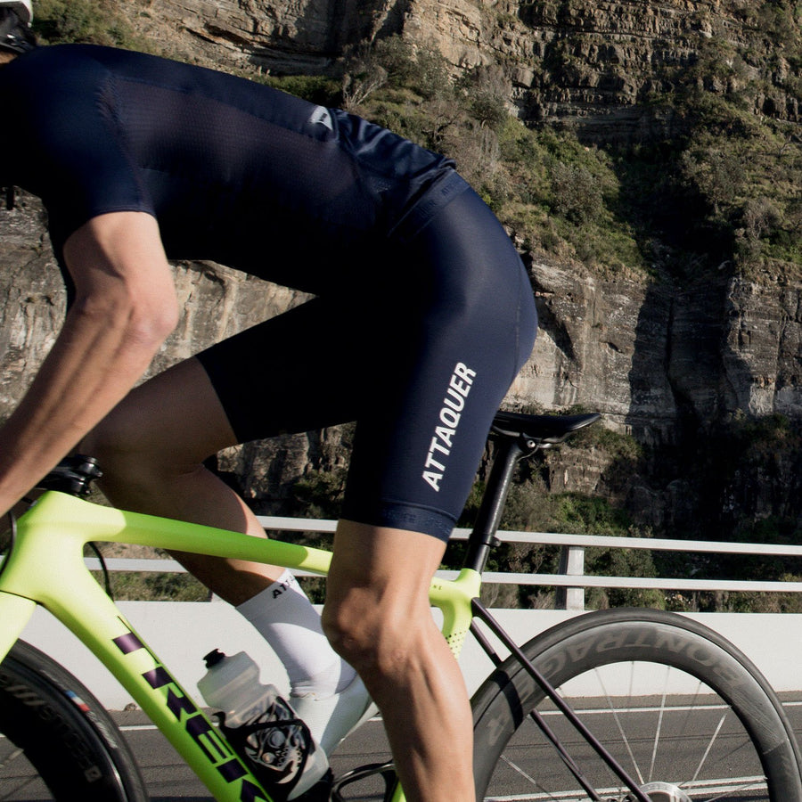 attaquer-race-bib-short-navy-on-model