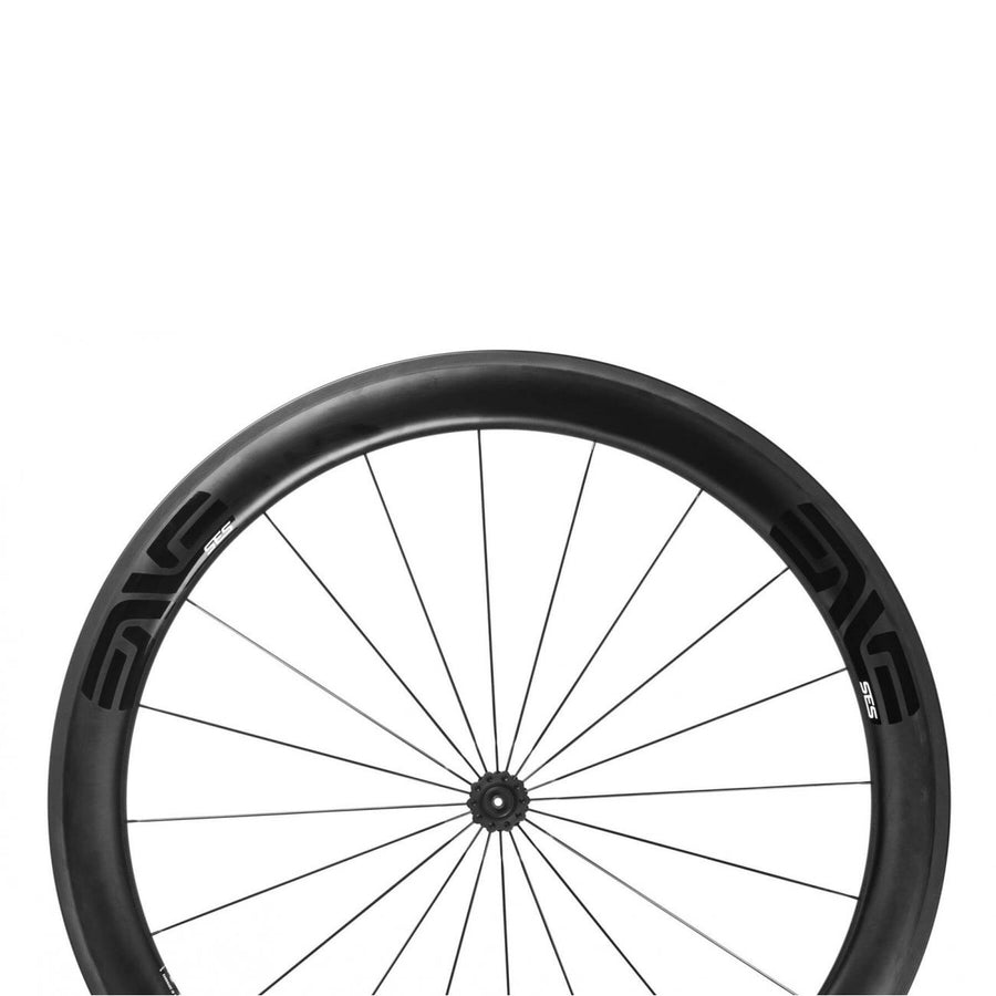 enve-ses-5-6-carbon-clincher-wheelset-closeup