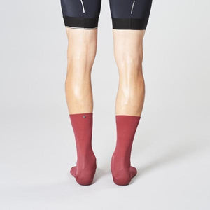 fingerscrossed-classic-socks-merlot-rear