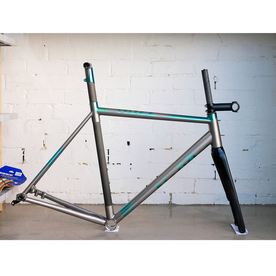 no22-aurora-titanium-road-frameset-green-anodized-54cm