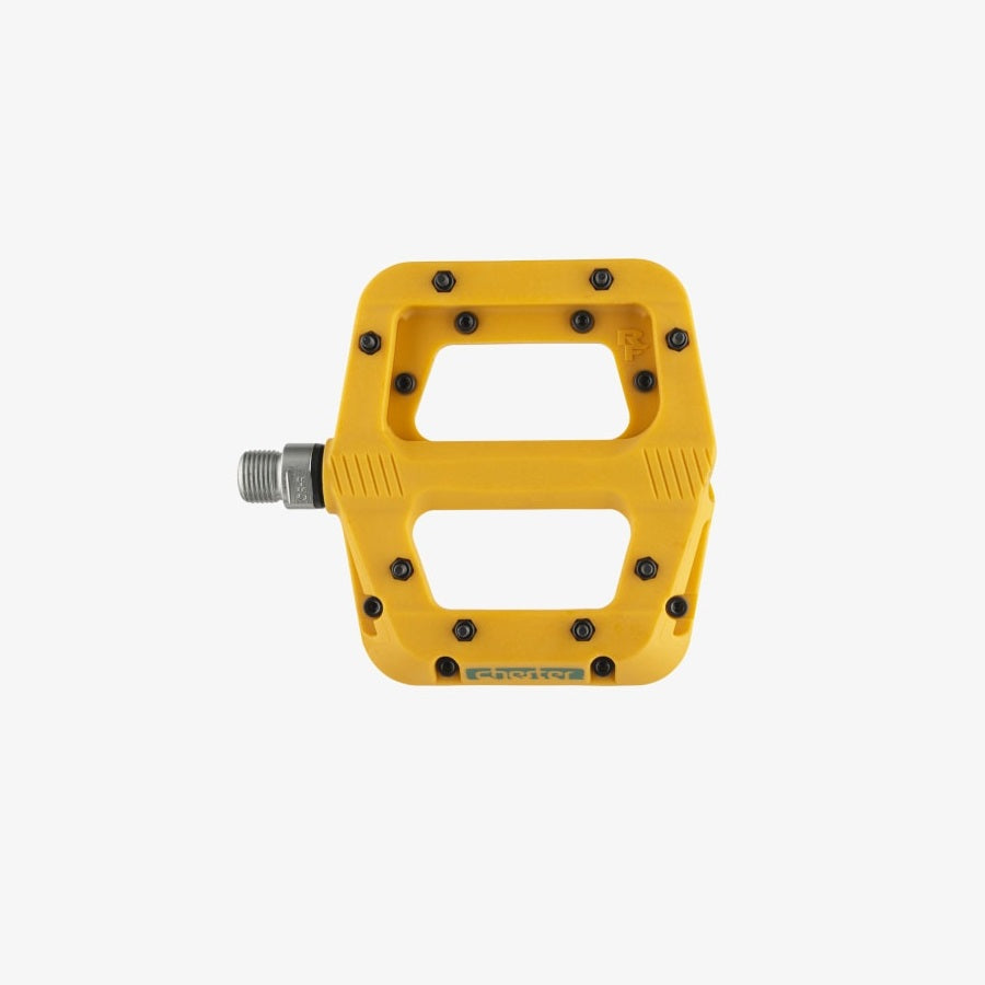 race-face-chester-flat-pedals-mustard-limited-edition-top