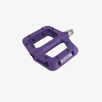 race-face-chester-flat-pedals-purple