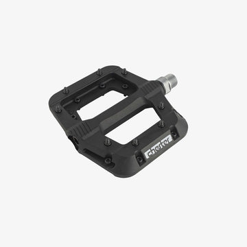 race-face-chester-flat-pedals-black