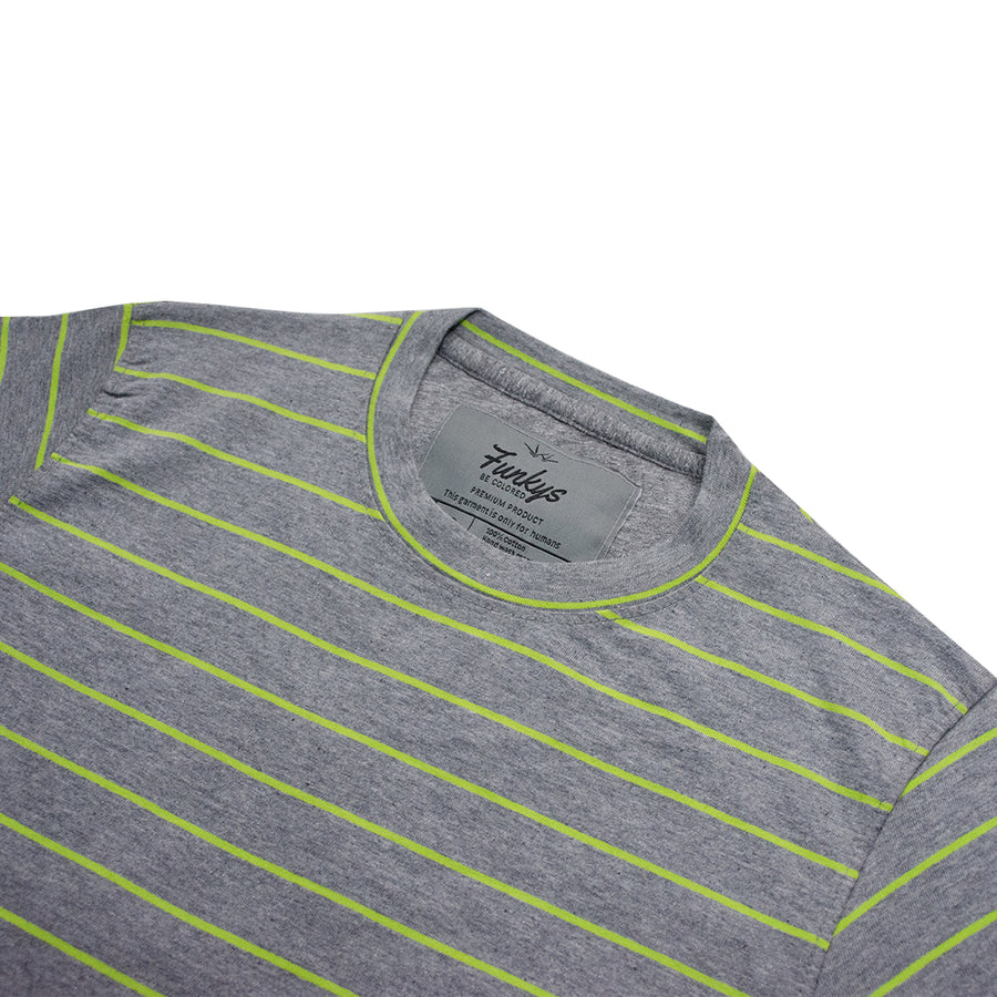 Funky's Parrot Lines Long Round Bottom T-Shirt