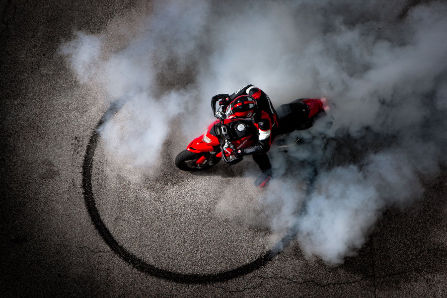 Ducati Burnout - Deeds.pk