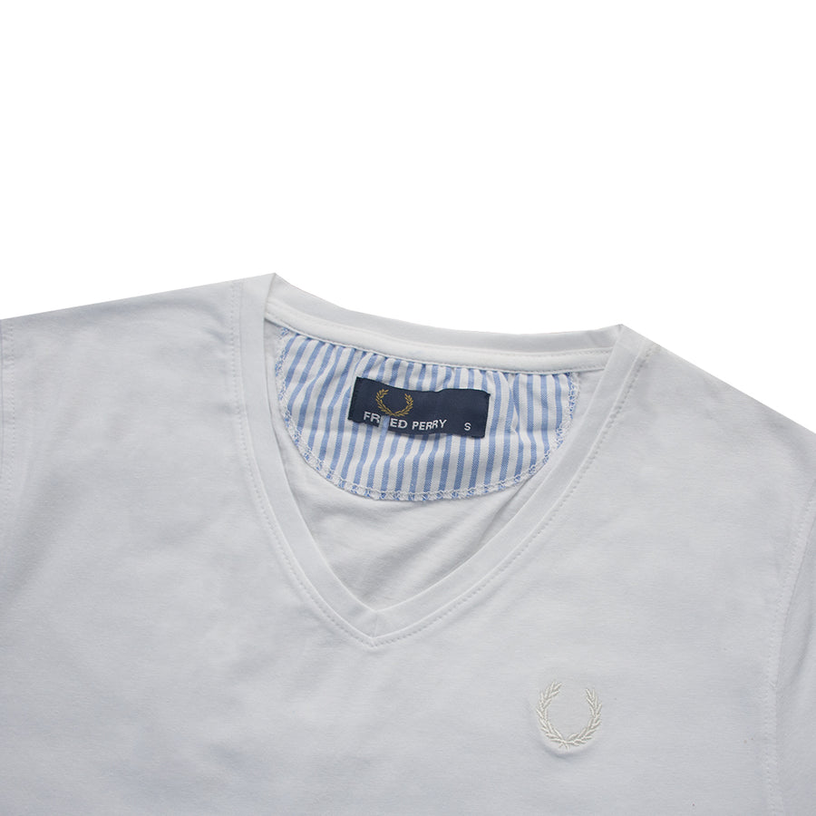 Pure White Cut Label Embroidered Logo V-Neck T-Shirt
