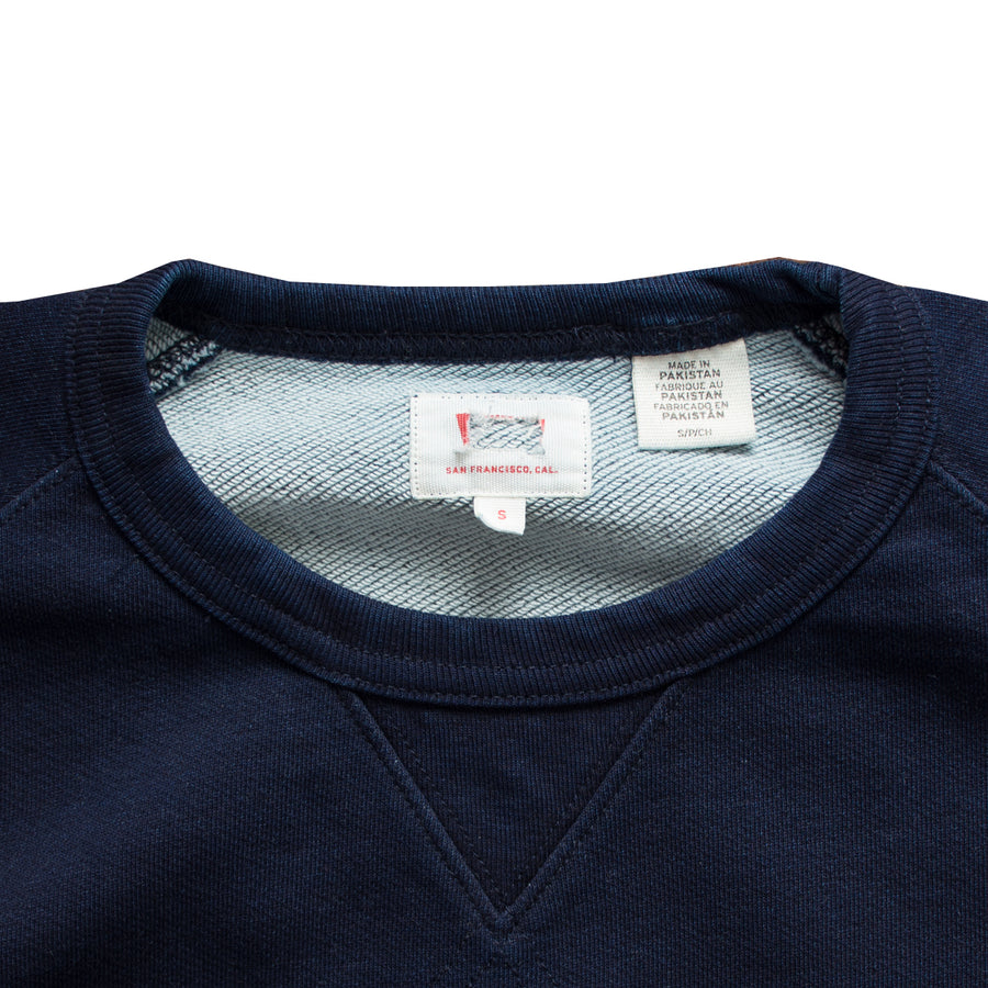 Levis Cut Label Navy Sweat Shirt - Deeds.pk